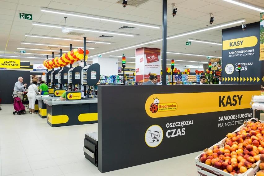 Podwyżki dla pracowników sklepów wyniosą 200 zł brutto...