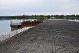 Budowa przeprawy promowej w Solcu Kujawskim postępuje. Finisz jeszcze w tym roku [zdjęcia]
