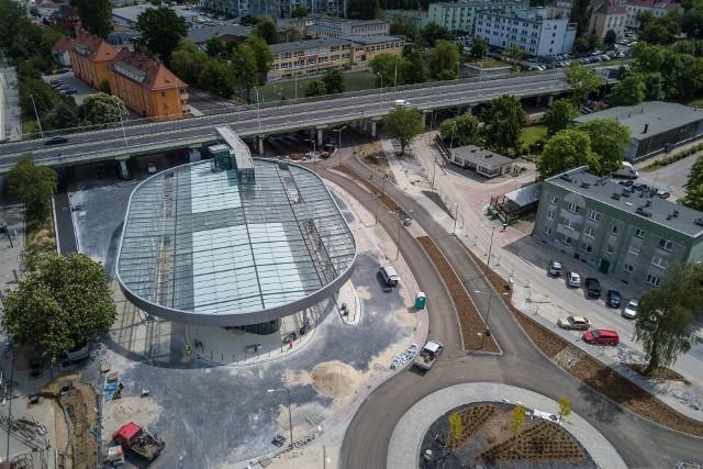 Centrum przesiadkowe, przebudowana zajezdnia MZK, stacje ładowania autobusów to jeszcze nie wszystkie inwestycje, które sprawią, że będziemy jeździć wygodniej, bezpieczniej i ekologiczniej...