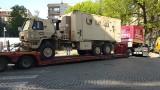 Poznań: Lawety z amerykańskim sprzętem wojskowym mają problem z przejazdem ul. Marcelińską [ZDJĘCIA + WIDEO]