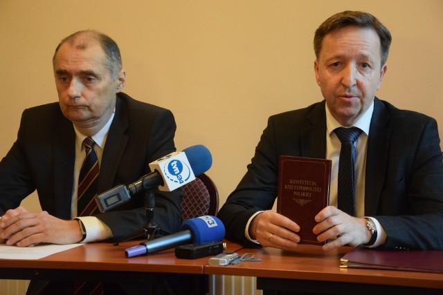 Jerzy Wierchowicz i Witold Pahl protestują przeciwko słowom premiera.