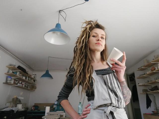 Sandra Wilczyńska z Pracowni Ceramiki FUKA