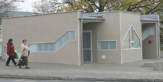 Nowa toaleta publiczna w Busku ma zostać przekazana do użytku w pierwszej połowie listopada.