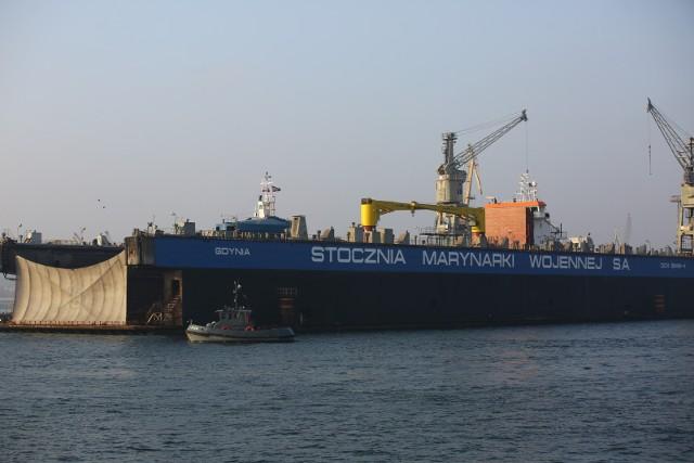 Stocznia Marynarki Wojennej w Gdyni.
