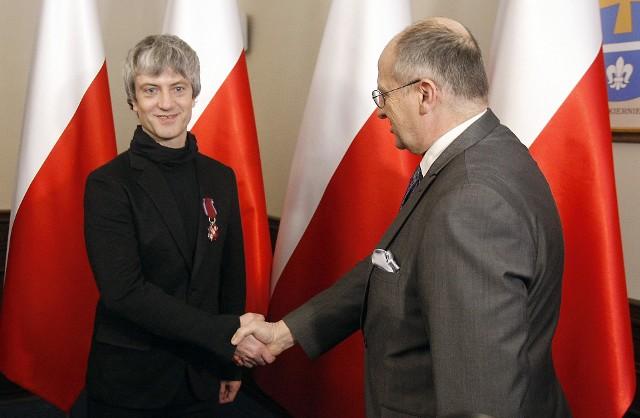 Wojewoda łódzki Zbigniew Rau wręczył odznaczenia państwowe. Wśród odznaczonych znalazł się Alexandr Azarkevitch