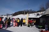 W Wiśle ruszyły ośrodki narciarskie. Prowadzą szkolenia dla narciarzy i snowboardzistów. Szczyrk nadal stoi