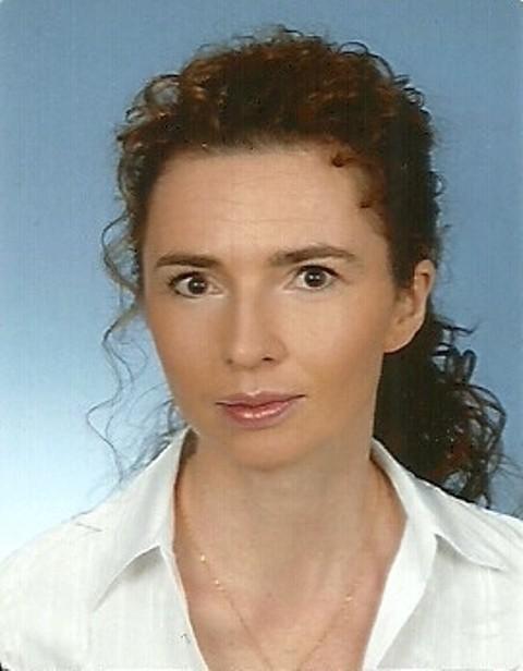 "dr Hanna Komarowska, przyjmuje w gabinecie lekarskim ""Medycyna z Sercem"" przy ul. Kościelnej 26/22, SMS o treści LEK.7 na nr 72355"