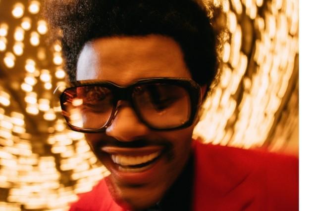"""The Weeknd prezentuje """"The Highlights"""" - nowa płyta to kolekcja największych hitów rapera. W niedzielę zaśpiewa podczas finału Super Bowl"""