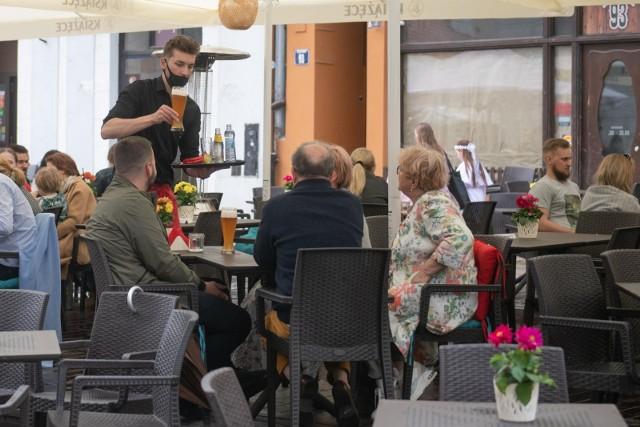 Branża gastronomiczna to jeden z głównych filarów pracy dla młodych
