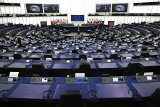 Rezolucja Parlamentu Europejskiego w sprawie kryzysu praworządności w Polsce i nadrzędności prawa UE. Jak głosowali polscy europosłowie?