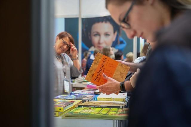 Międzynarodowe Targi Książki w Krakowie w 2021 roku odbędą się w hali EXPO Kraków - informują organizatorzy wydarzenia.