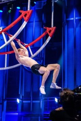Gmina Dobczyce. Sebastian Kasprzyk, zwycięzca trzeciej edycji Ninja Warrior Polska, nie tylko sprawnością zaskarbił sobie sympatię kibiców