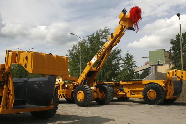 KGHM ZANAM S.A. należy do największych w Polsce producentów maszyn i urządzeń dla sektora górniczego. Spółka wytwarza również sprzęt stosowany w systemach przeładunkowych, zespołach transportowych, skalnictwie, kopalniach odkrywkowych.Jest też znaczącym producentem odlewów staliwnych i żeliwnych.