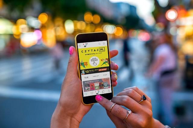 W ramach akcji Czytaj PL można do końca listopada pobrać na swój telefon za darmo dwanaście ciekawych audiobóoków i e-booków