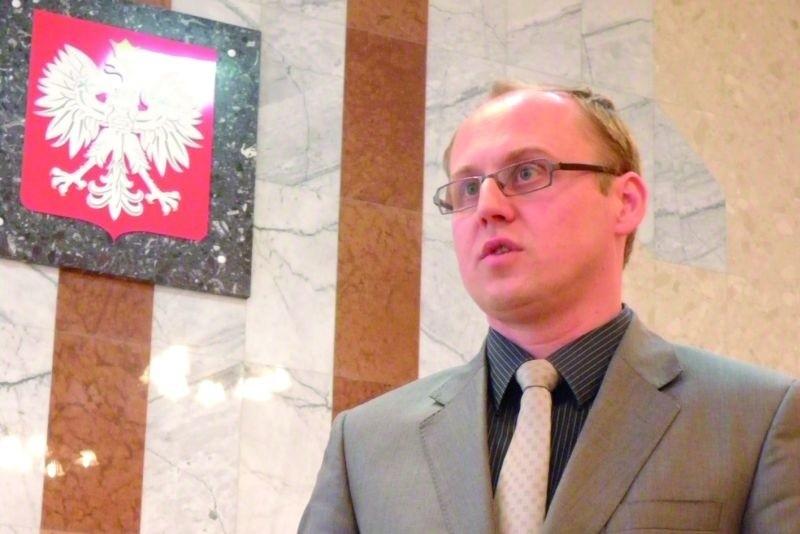 – To, że nasz sąd nie zostanie zniesiony cieszy, ale wciąż jesteśmy przeciwnikami tej reformy – uważa Krzysztof Adamiak, prezes Sądu Rejonowego w Zambrowie