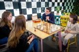 Białostockie nadzieje szachów spotkały się z Marcinem Dorocińskim (zdjęcia)