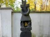 Ponad 10 tys. złotych ze zbiórki internetowej na odnowę zabytkowych nagrobków przy ul. Lipowej