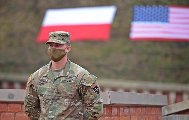 Szacunkowy koszt tych działań dla wojsk USA stale obecnych w Polsce wyniesie około 500 milionów złotych rocznie.