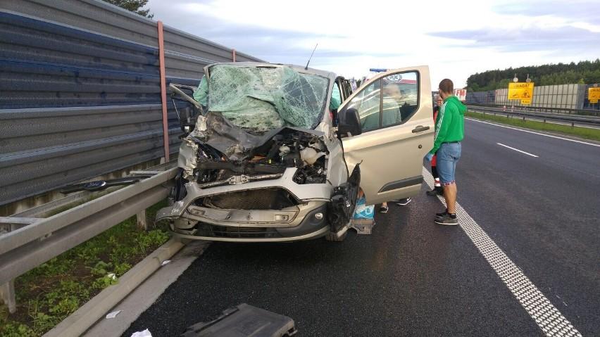 Wypadek słowackiego busa na autostradzie A4.