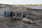 Wody w Wiśle coraz mniej. Tak źle nie było od 1939 r. [ZDJĘCIA]