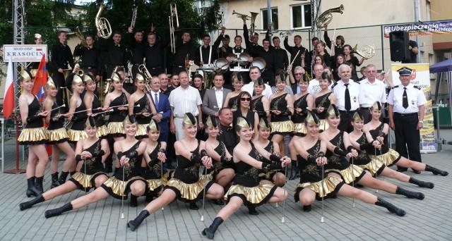Młodzieżowa Orkiestra Dęta z Krasocina obchodzi w tym roku 110 lat istnienia, a towarzyszące jej mażoretki z grupy tanecznej Aplauz - 10 urodziny. Szykuje się mega impreza w niedzielę, 14 sierpnia.