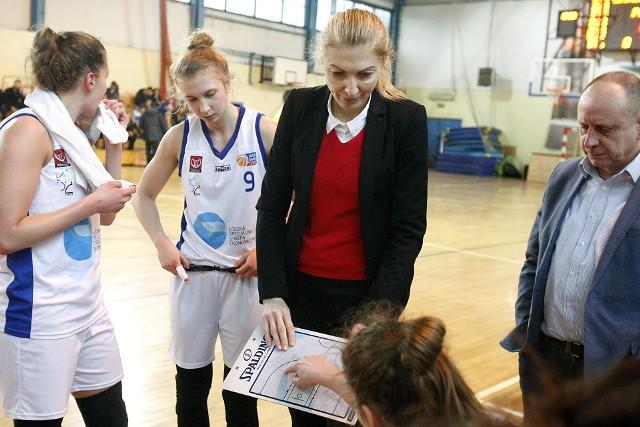 Elżbieta Nowak prowadzi pierwszoligową drużynę ŁKS SMS Łódź