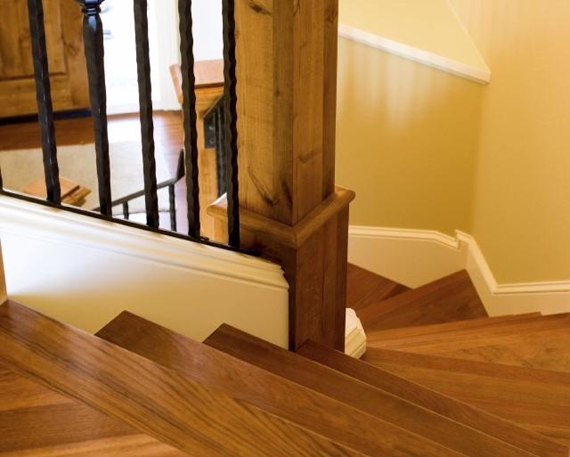 Renowacja drewnianych schodów krok po krokuRenowacja drewnianych schodów krok po kroku