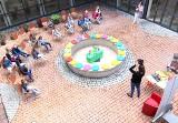 Stalowa Wola. Biblioteka gra w zielone czyli... będzie piękne patio