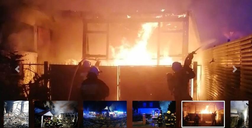 W pożarze magazynu w Koleczkowie spłonął m.in. dom....