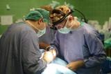 Czasami na sali operacyjnej czujemy się jak bogowie