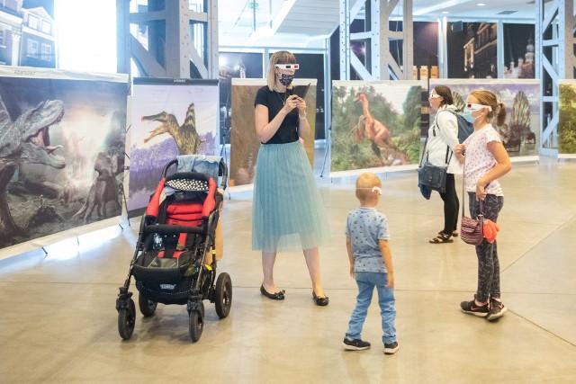 Oprócz najbardziej znanego Tyranozaura, na wystawie zagościło wiele innych znanych i mniej znanych gadów prehistorycznych. Można zobaczyć tarbozaury, dromeozaury, gigantozaury, dilofozaury. Dzieci poznają ponad 30 gatunków drapieżników i kilka gatunków roślinożerców.Zobacz zdjęcia z wystawy dinozaurów w 3D --->>>Polskie uczelnie najlepsze na świecie