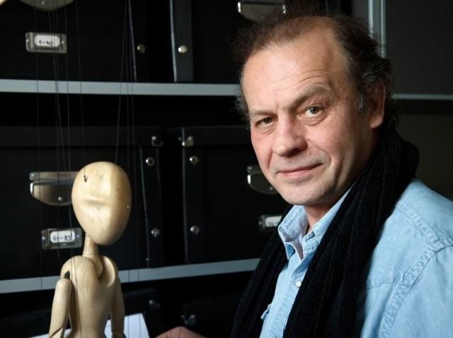 Wojciech Szelachowski to aktor, reżyser, praktycznie całe życie związany z teatrem.
