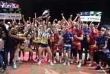 Zaksa - Trentino. Puchar dla siatkarzy z Kędzierzyna-Koźla! Ceremonia medalowa [ZDJĘCIA]