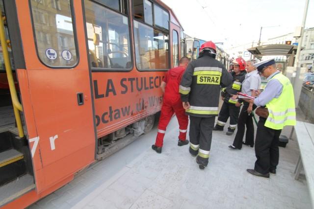 Pożar tramwaju przy placu Legionów