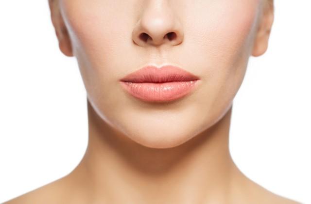 Naturalne powiększenie ust jest możliwe i nie wymaga zastosowania kosztownych i bolesnych operacji.