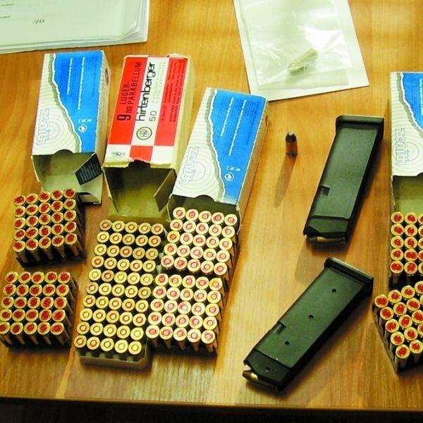 Magazynki pasują do pistoletów marki Glock. Naboje kalibru 9 milimetrów to uniwersalny rodzaj amunicji.
