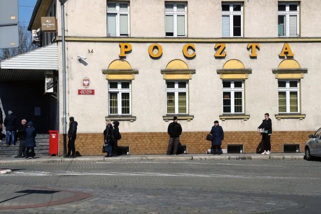 Poczta Polska zatrzyma przesyłkę na czas kwarantanny domowej.
