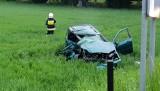 Wypadek w Rożniątowie. Biegli obliczyli, że ford, w którym zginął 19-latek jechał z prędkością około 100 km/h