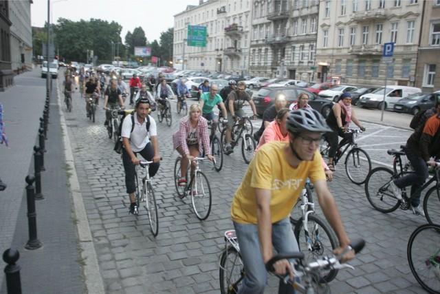 Poznań: Zaczyna się okres większej liczby wypadków na rowerach