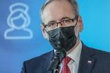 Minister Niedzielski: trzecia fala pandemii rozpędza się, rząd przekaże miliony maseczek dla mieszkańców