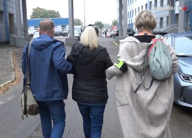 Nielegalny hazard w Częstochowie, Dąbrowie Górniczej i Zawierciu. Policja dokonała kolejnych zatrzymańZobacz kolejne zdjęcia. Przesuwaj zdjęcia w prawo - naciśnij strzałkę lub przycisk NASTĘPNE