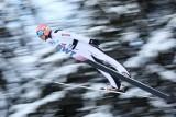 Skoki narciarskie. Drugi konkurs Pucharu Świata nie przyniósł Polakom podium. Dawid Kubacki 6. [WYNIKI]