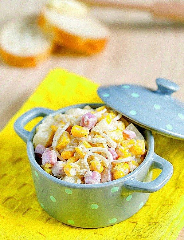 Szybka Salatka Z Selerem Konserwowym Szynka I Ananasem Przepis