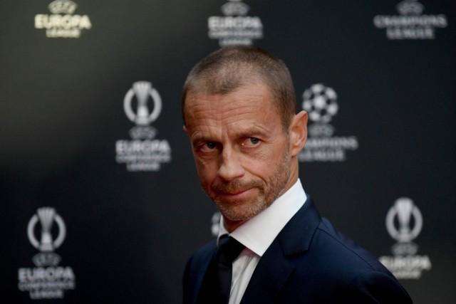 Szef UEFA Aleksander Ceferin na razie odpuścił, ale jeszcze nie składa broni w konflikcie ze zbuntowanymi klubami.
