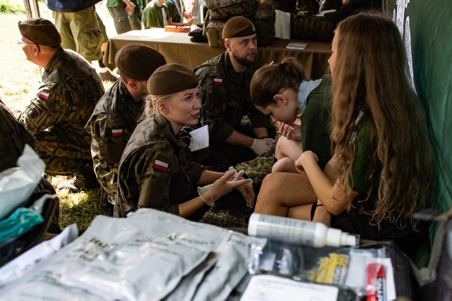 Przed wyjazdem do USA, żołnierze Wojsk Obrony Terytorialnej przeszli dwudniowe szkolenie w ośrodku harcerskim w Małeczu