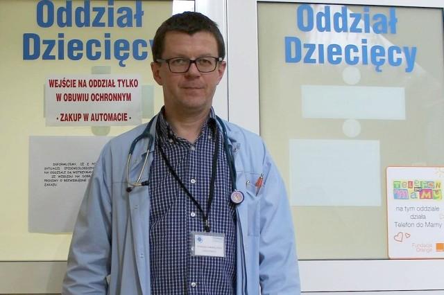 Dr Tomasz Jarmoliński jest lubuskim konsultantem wojewódzkim w dziedzinie pediatrii. - W systemie jest za mało pieniędzy na leczenie - uważa.