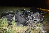 Tragiczny wypadek w Samszycach. Zginął kierowca [zdjęcia]