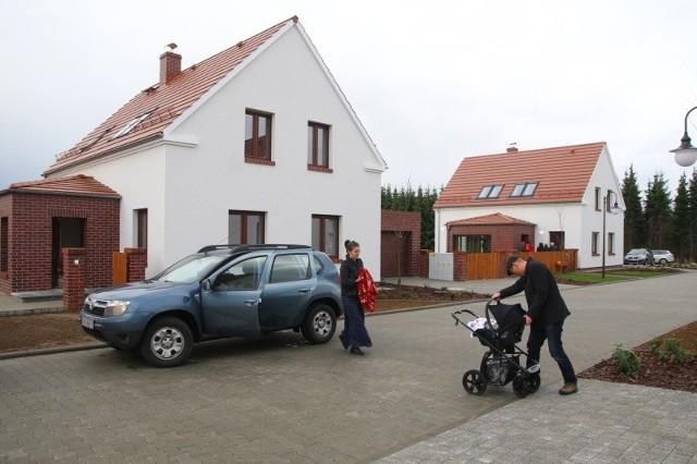 Nowe osiede w Kotorzu WielkimNa nowym osiedlu w Kotorzu Wielkim śląska tradycja łączy się z nowoczesnością.