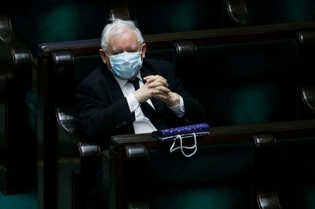 Opolscy posłowie KO podkreślają, że formacja Jarosława Kaczyńskiego dąży do majowych wyborów za wszelką cenę.