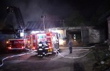 Łaszów. Palił się budynek gospodarczy. Udało się uratować zwierzęta